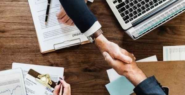 O que é consultoria hibrida?