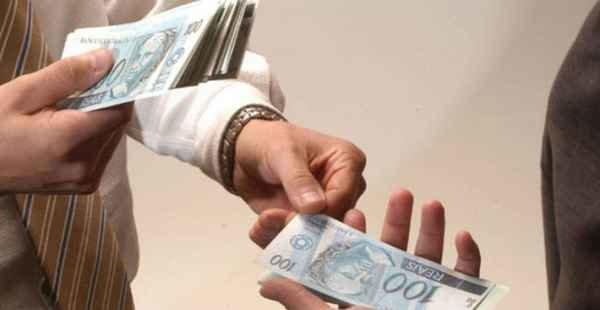 Juíza condena autora a pagar custas e honorários de ação improcedente