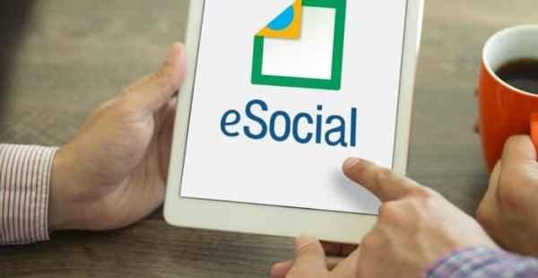 Receita pode prorrogar eSocial para MPEs, afirma especialista