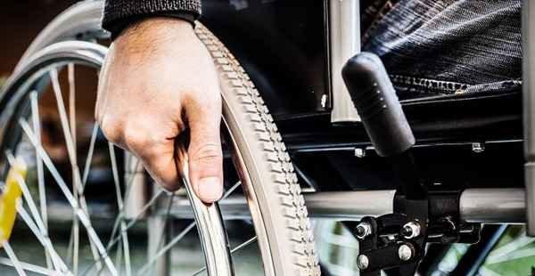 Por que uma empresa deve contratar um deficiente físico?