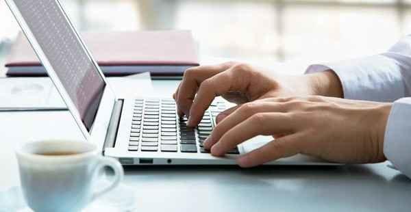 Vendedor online de imóveis não tem vínculo empregatício