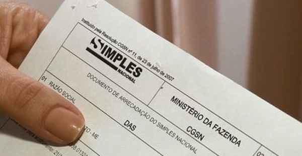 Receita Federal exclui 521 mil empresas devedoras do Simples Nacional