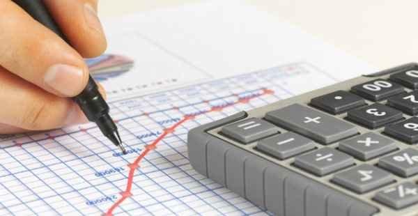 Governo quer reduzir carga tributária e taxar dividendos