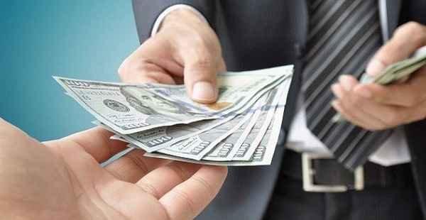Golpe utilizando nome da Receita Federal envolvendo empréstimos e financiamentos