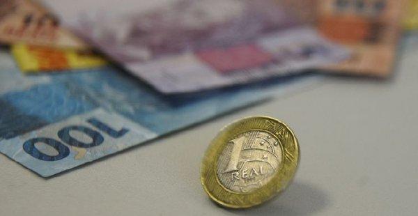 Projeto eleva isenção do Imposto de Renda para 5 salários mínimos