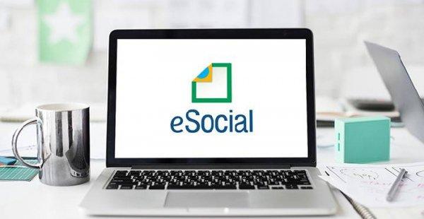 Empresas do Simples Nacional precisam se atentar aos prazos do eSocial para evitar penalidades