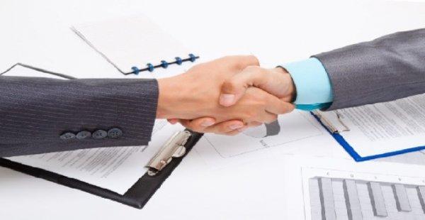 CCJ aprova dispensa de licitação para contratação de advogado e contador
