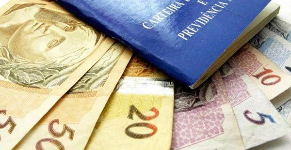 INSS: Primeira parcela do 13º salário começa a ser paga nesta segunda-feira