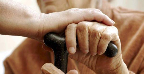 IR: Comissão da Câmara permite incluir idoso amparado como dependente