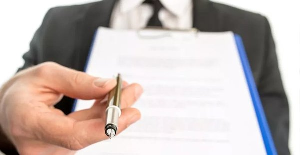 Equipe econômica estuda novo modelo de contrato de trabalho