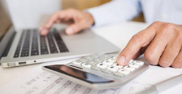 Como calcular o custo de um funcionário para a empresa?