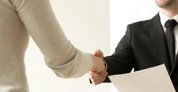 Boa aparência no trabalho: o que pode ser exigido do funcionário?
