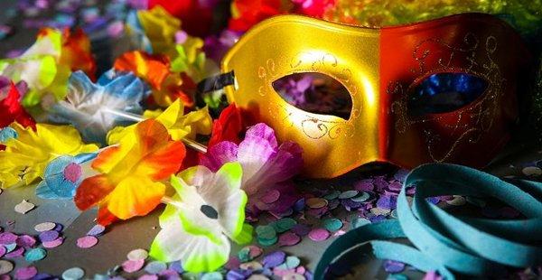 Carnaval: Vai trabalhar no feriado? Conheça seus direitos;