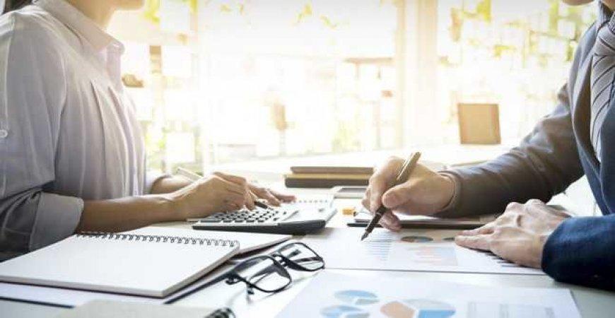 Redução e suspensão de trabalho impactam férias e 13° salário