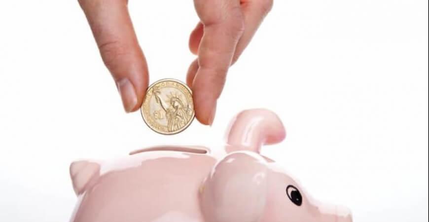 56% dos brasileiros tem dificuldades para guardar dinheiro