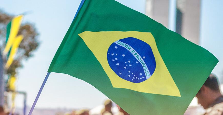 Brasil ocupa 1º lugar no ranking de países mais complexos do mundo para fazer negócios; código tributário é agravante